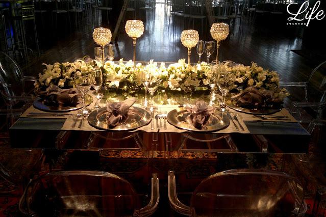 casamento com cerimônia na igreja são joão bastista em porto alegre e recepção na casa vetro com cerimonial e decoração elegante sofisticada luxuosa por life eventos especiaisl mesa de noivos