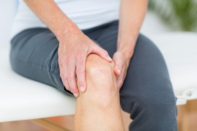 Cara mengobati sendi lutut yang sakit