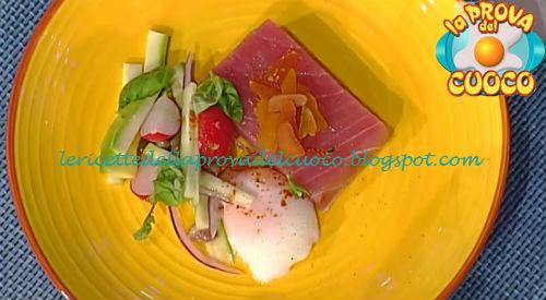 Tataki di tonno affumicato con uovo e bottarga ricetta Shoda da Prova del Cuoco