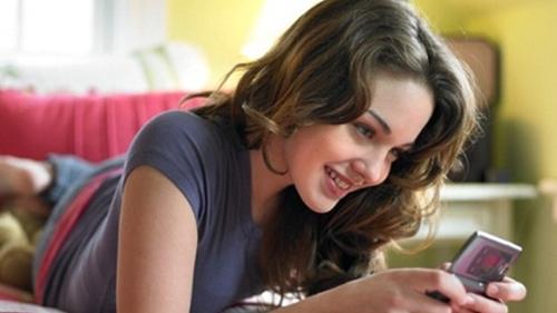 Literasi Digital Jadi Kunci Perempuan Hindari Kejahatan dari Aplikasi Kencan Daring