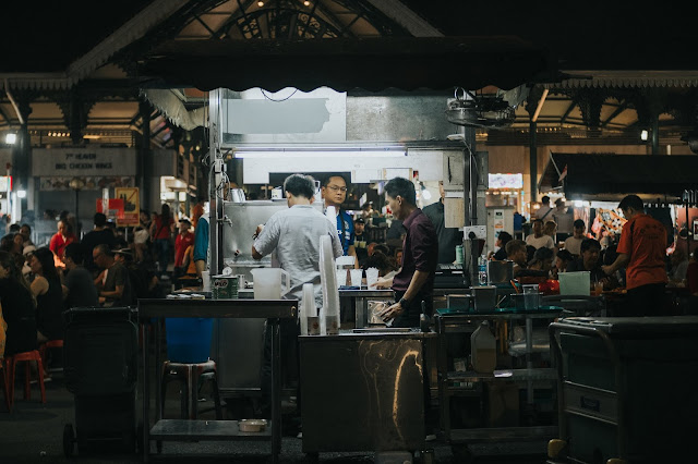 HAWKER CENTRE & COFFEE SHOPS