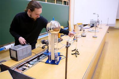 وظائف لخريجي علوم فيزياء 2021