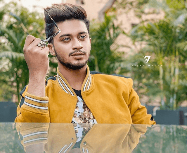 Hasnain Khan (TikTok Star) Biography, Wiki, Age, Height, Weight, Family, Girlfriend, Affairs, Income