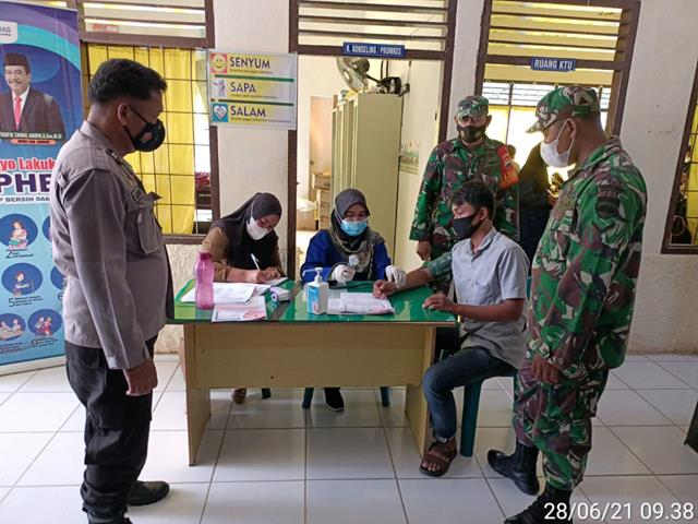 Pelaksnaan Vaksin Diwilayah Binaan Turut Didampingi Personel Jajaran Kodim 0208/Asahan