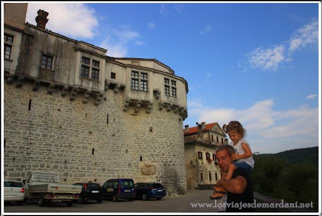 Exterior del castillo de Pazin