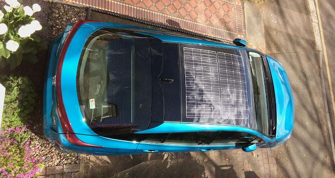 Toyota Prius Plug-in solar roof