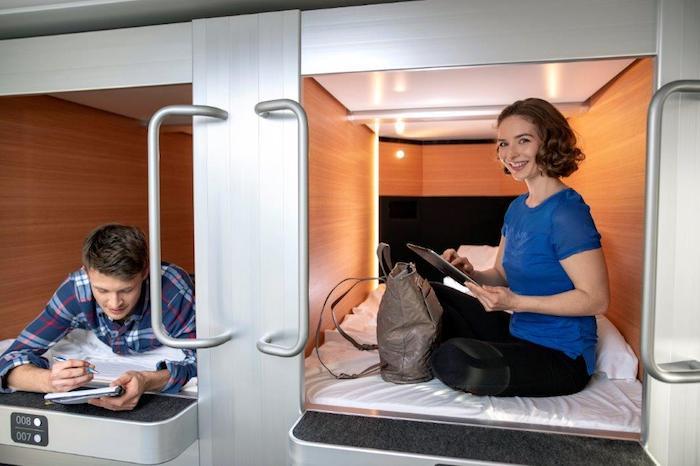 Japońskie kapsuły, Stena Line, Stena Line nocleg, Szwecja, Stena Line kabina, kapsuły do spania,