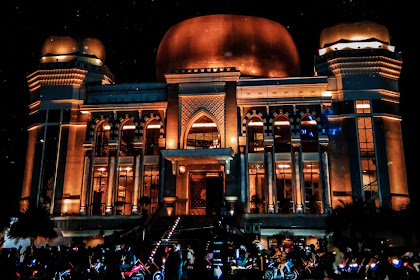 #the great mosque at night. picture by ilmaaa