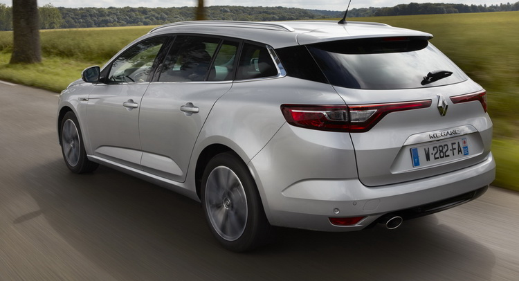 New Renault Megane Estate Analyzed In 99 Photos