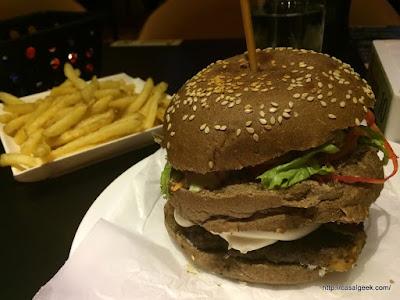 Está Chovendo Hambúrguer - Bocca Hamburgueria Gourmet