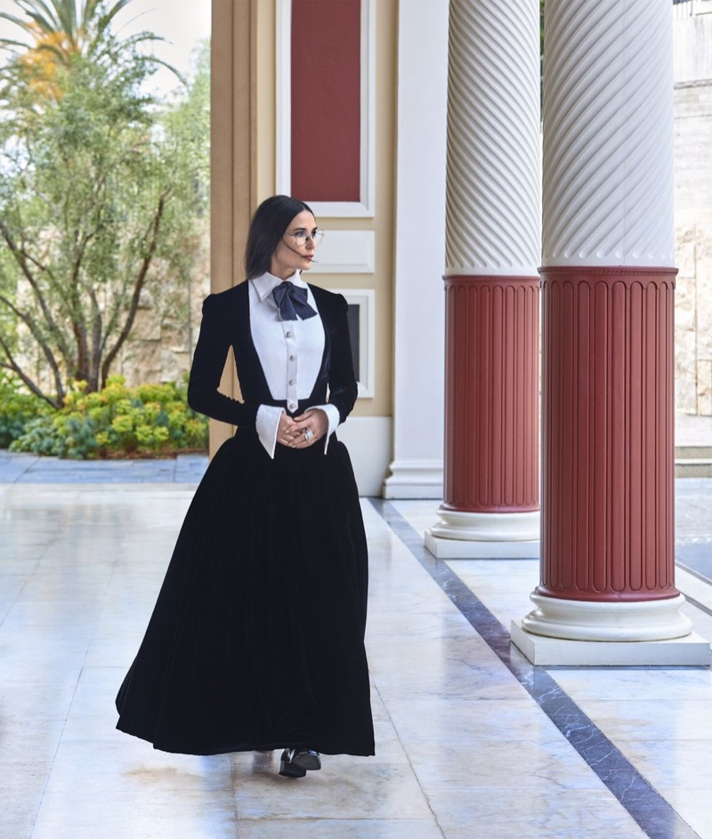 Demi Moore poses in Chanel Haute Couture look