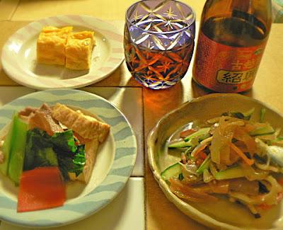 酒卓セット 紹興酒 ままかりと中華クラゲ 煮物 玉子焼き