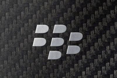 Se busca crear un móvil que combine los servicios de BlackBerry, el sistema operativo Android, y la calidad de fabricación de Samsung El BlackBerry Venice, podría contar además con una pantalla curva de Samsung. Una posibilidad con probabilidades Ha sido Eldar Murtazin el que ha comenzado a crear expectación alrededor de un móvil que combine los servicios de BlackBerry, el sistema operativo Android, y la calidad de fabricación de Samsung, con nada más y nada menos que una pantalla curva como la del Samsung Galaxy S6 Edge. Quizás algunos no lo recuerden porque hace tiempo que no se convierte en