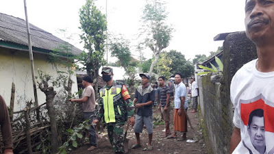 Patut Dicontoh, Babinsa Desa Beber Ajak Warga Jaga Kebersihan Lingkungan
