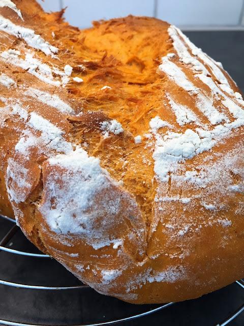 pan de tomate, tomatoe bread
