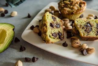 Cách làm bánh muffin bơ đào - avocado peach muffin 4