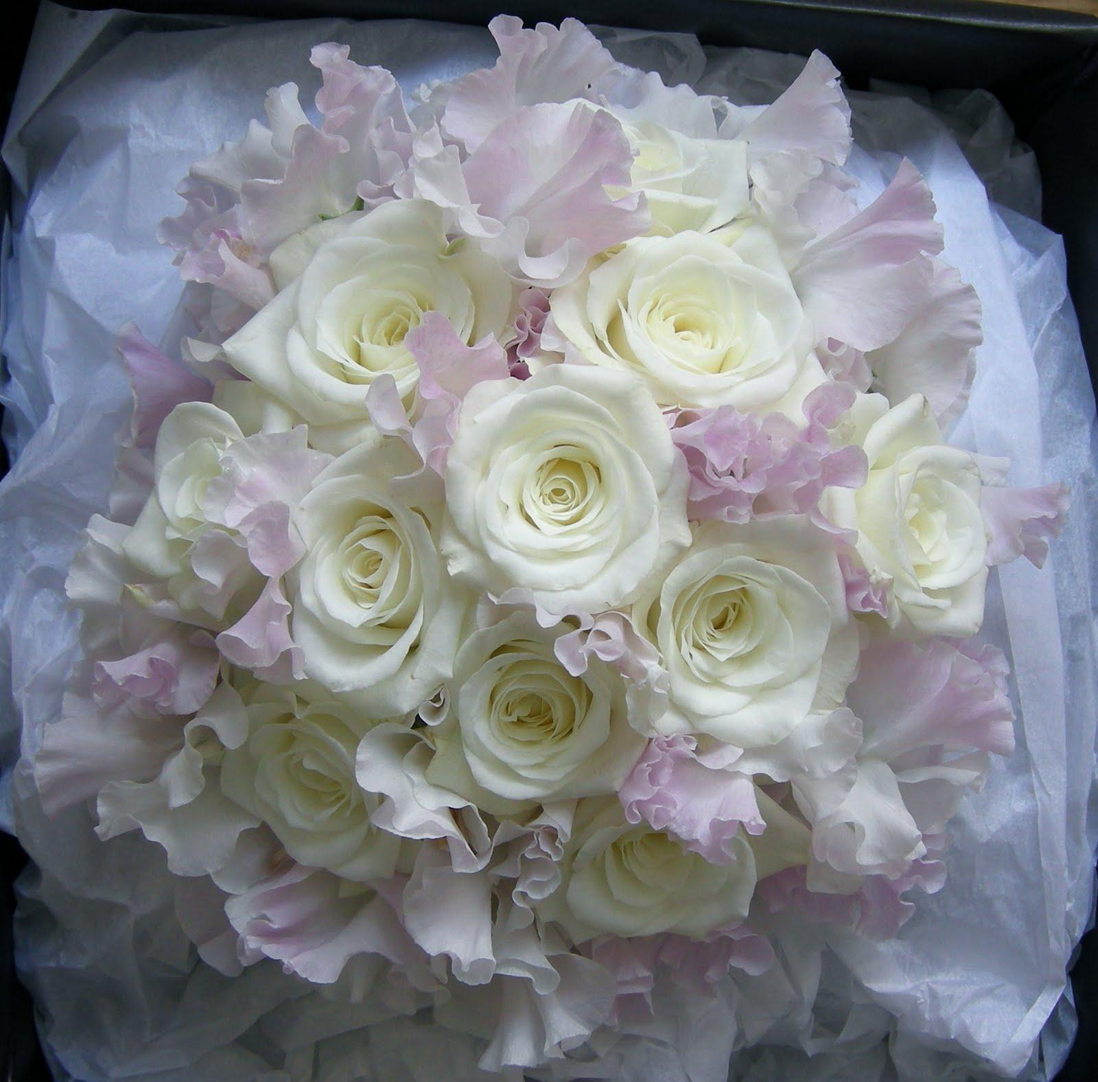 Wedding Flowers In February: Wedding Flowers Blog: February 2011