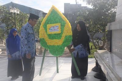 Kakankemenag Tanjungbalai Pimpin Upacara Ziarah Makam Pahlawan