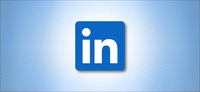 شعار LinkedIn على اللون الأزرق