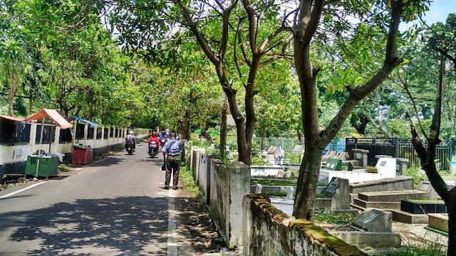 jalan TPU Samaan pasar tawang mangu malang