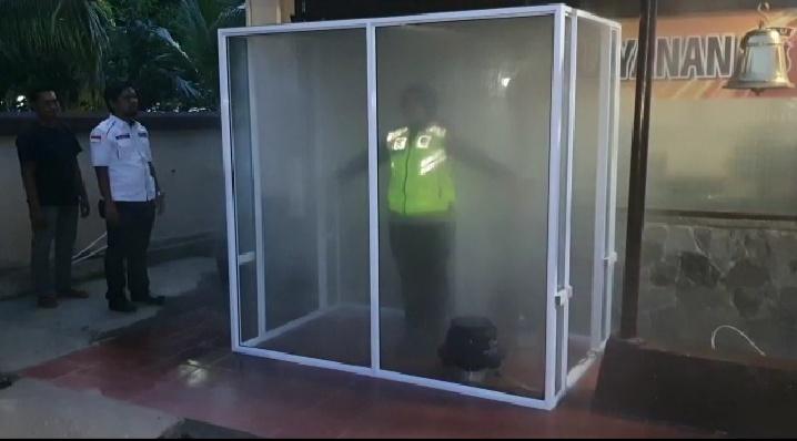 Polres Inhil Sediakan Bilik Sterilisasi Untuk Para Pengunjung dan Personil