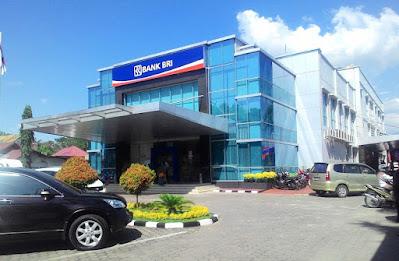 Lowongan Kerja Sumbar PT Bank Rakyat Indonesia (Persero)