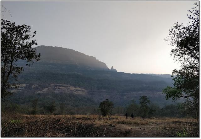 Dhak bahiri caves