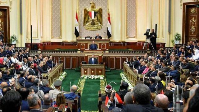 الرئيس السيسي يدعو مجلس النواب للانعقاد الثلاثاء المقبل