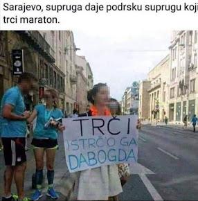 najsmješnije slike sa sarajevskog maratona, supruga smiješno podržava svog supruga