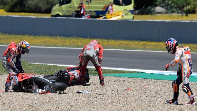 Simak Rahasia Pebalap MotoGP Bisa Langsung Berdiri Usai Kecelakaan