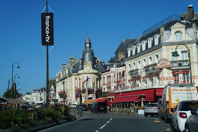 Deauville e Trouville-sur-Mer, na Normandia: tudo o que você precisa saber