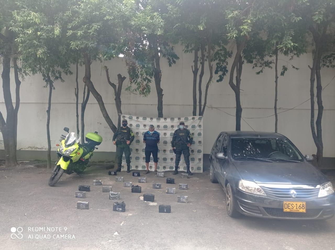 https://www.notasrosas.com/En la vía Sardinata - Aguachica, Policía Cesar incauta 22 kilos de cocaína