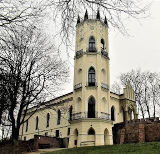 Zameczek – Pałacyk Krasińskich - Opinogóra Górna