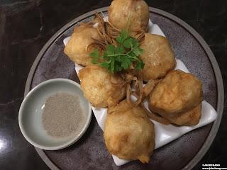 Deep fried cuttlefish ball