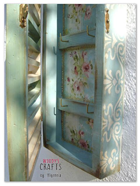ιστορια του ντεκουπαζ,ξυλινη χειροποιητα κλειδοθηκη με τεχνικη ντεκουπαζ,ξυλινα χειροποιητα διακοσμητικα με ντεκουπαζ,ντεκουπαζ σε ξυλο