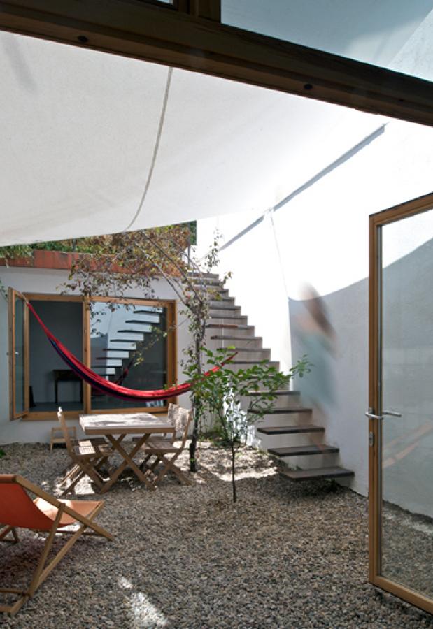 Marzua una casa un patio una terraza y un despacho - Columpios de terraza ...