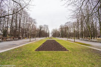 Ogród Saski z perspektywy zachodniego krańca