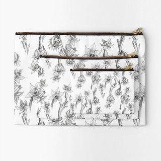 monochrome daffodil zipper pouch