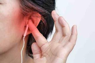 هل سماعات الاذن تضر بالسمع ؟