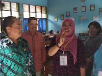 Abdul Rahman Bando Pantau UNBK di SMP Negeri 22 Makassar