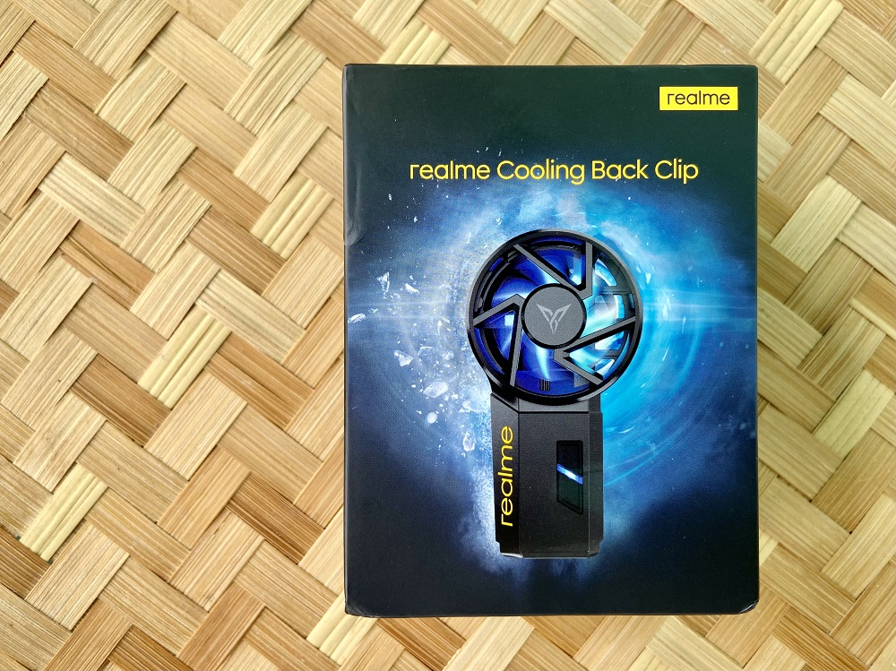 realme Cooling Back Clip Retail Box - Front