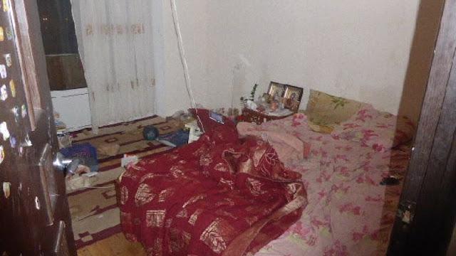 В Екатеринбурге мужчина год жил в квартире с телом умершей матери