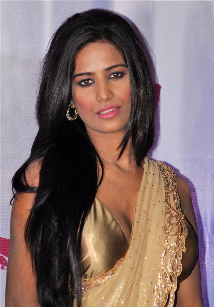 Hot Pictures  Wallpapers Collection Of Bollywood -9379