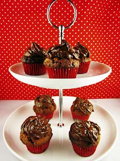 Mini-Cupcakes auf Etagere