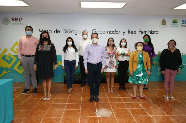 El gobernador Carlos Joaquín se reunió con la Red Feminista de Quintana Roo, para ofrecer soluciones al pliego petitorio