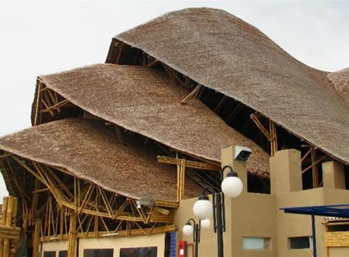 cabañas y casas de bambu