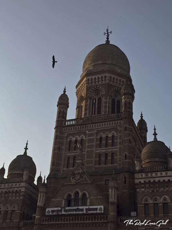 Mumbai CST, Architectures of Mumbai, Travel
