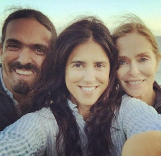 Gianni Gregorini clicking selfie with her mother & sibling