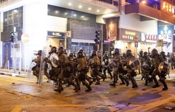 Đảng Cộng Sản Trung Quốc thăng chức quan chức đối phó biểu tình ở Hong Kong, sẽ có đổ máu?