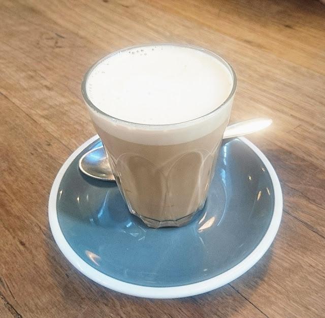 Piggery Cafe, Sherbrooke, latte